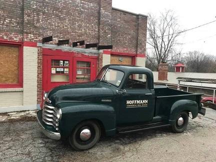 Hoffman truck at store.jpg