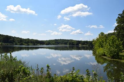 park at New Melle Lakes lake view.jpg