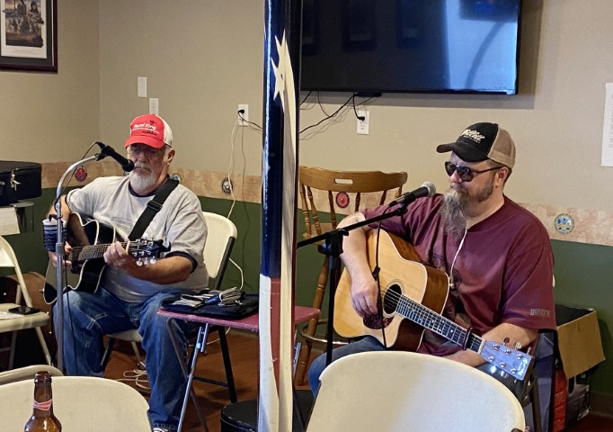 Musicians Ron and Aaron IMG_6621.JPG
