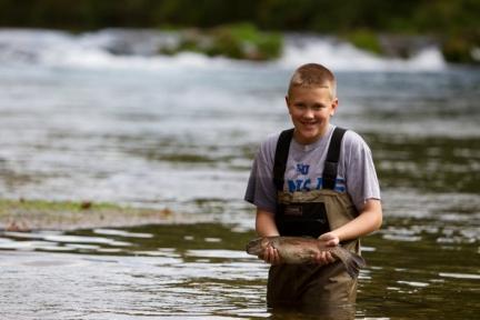 kidsfishingday.jpg