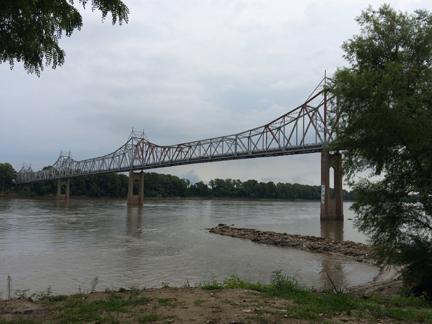 4. old bridge web IMG_8522.jpg