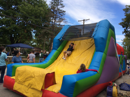 3. Bounce House web IMG_5392.jpg