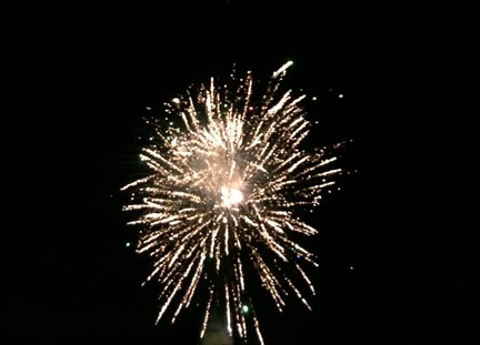 fireworkks 1 web IMG_9122.jpg
