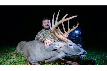 2. deer 12 pointer web IMG_8213.jpg