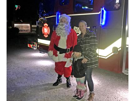 4. Santa and Robbin web IMG_3306.jpg
