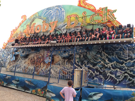10. Rides Moby Dick web IMG_4084.jpg