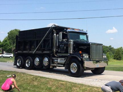 20. Truck H&J Hauling web  IMG_4452.jpg