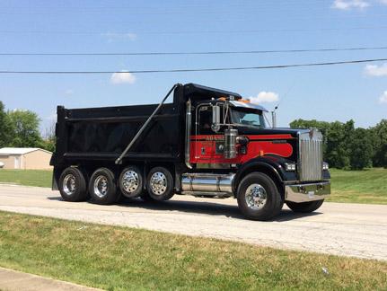 22. Truck M Adams webIMG_4462.jpg
