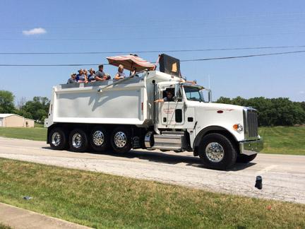 24. Truck Joerling Bros web IMG_4408.jpg