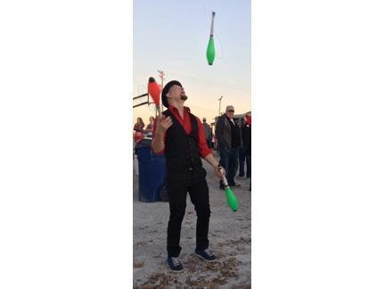 4. juggler web IMG_2187.jpg