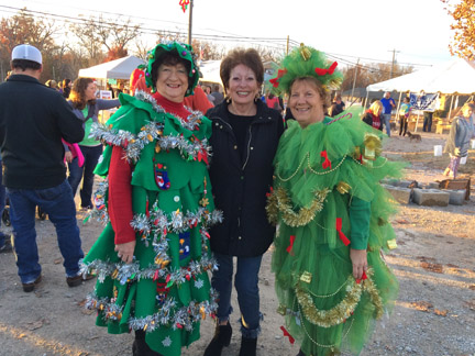 4. Christmas Tree ladies web .jpg